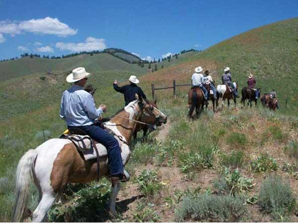 Horseback riding Idaho, Rawhide Outfitters