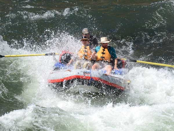 Salmon River Rafting, Catch the Waves